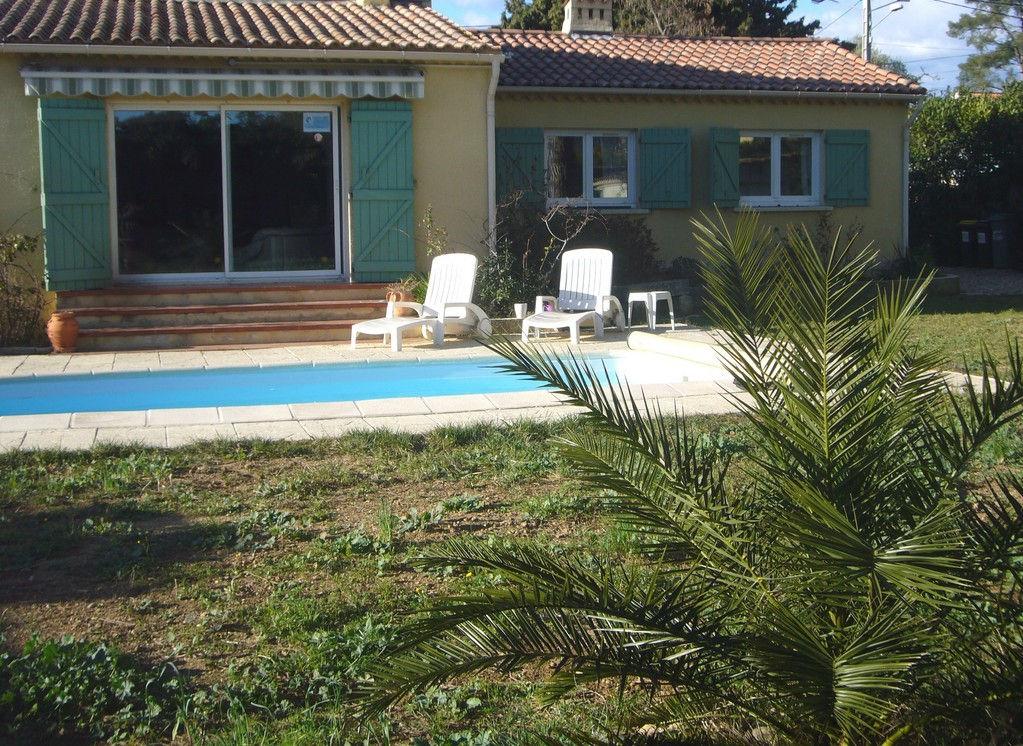 Vente maison villa saint cyr sur mer le beausset la for Garage citroen saint cyr sur mer